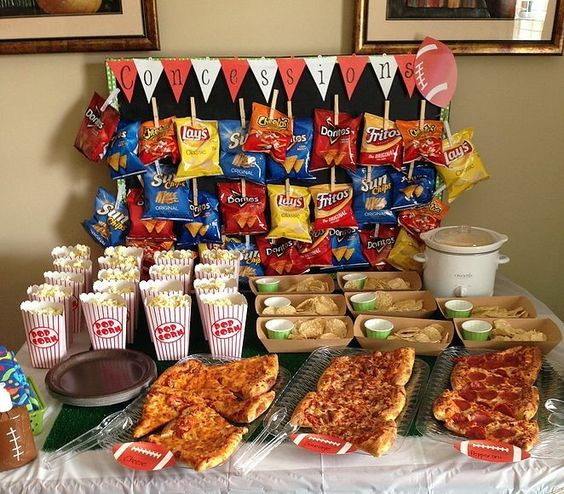 Circus Birthday Party Ideas Kids - Circus themed snack Table