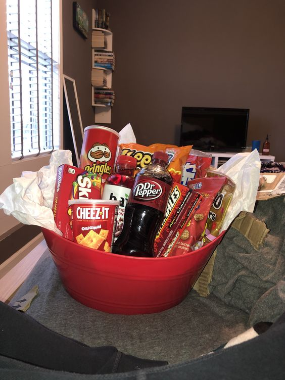 red basket gift idea #valentines