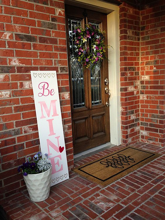 How to Make a Valentines Porch Sign #valentinescrafts