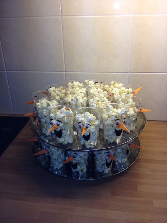 Party Food Ideas - Olaf Popcorn Cups